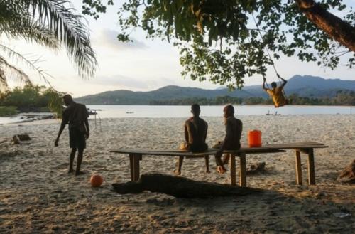 Sierra-Leone: un projet de port de pêche financé par la Chine fait...