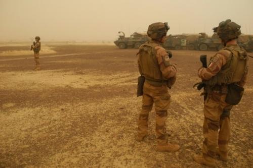 Mali: la décision française affecte durement une armée affaiblie