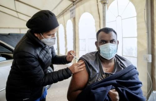 L'Afrique du Sud en manque de candidats pour la vaccination Covid