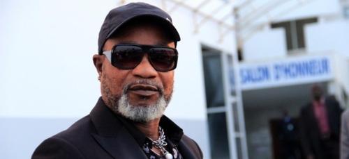 """Koffi Olomidé rejugé en France en avril 2020 pour """"agressions..."""