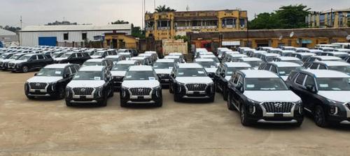 RDC : L'octroi d'un véhiculede luxe à chacun des500 députés par...