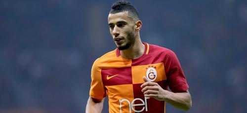 (Vidéo) L'altercation entre Younès Belhanda et un supporteur turc...