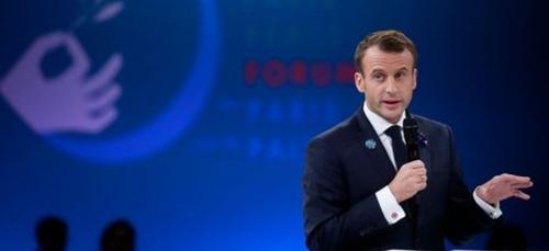 Tunisie : Emmanuel Macron salue la situation du pays