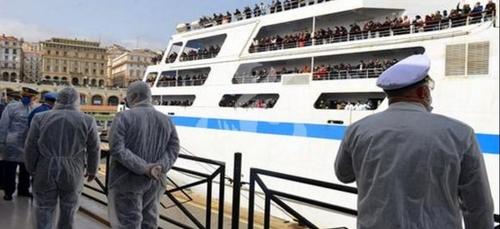 Un ferry et ses 742 voyageurs venus de Marseille mis en quarantaine...