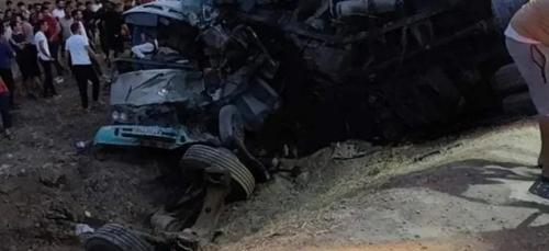 [VIDEO] 18 morts et 11 blessés, dans un accident de la route en...
