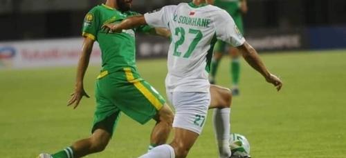 Le Raja Casablanca remporte la Coupe de la CAF contre le JSK