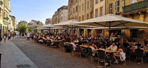 Réouverture des commerces et terrasses le 19 mai: les annonces...