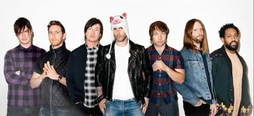 Maroon 5 dévoile un nouveau clip spécial pour la Saint-Valentin...