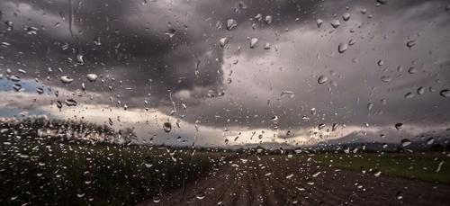 Météo du week-end : des fortes pluies et le retour de la neige