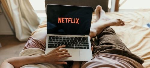 Netflix : payer moins cher contre de la pub ? 46% des abonnés sont...