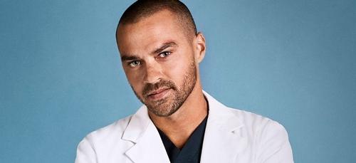 Grey's Anatomy : Jessie Williams quitte la série (Vidéo)