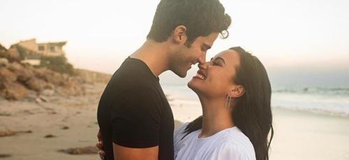 Demi Lovato annonce ses fiançailles avec son petit ami (photo)