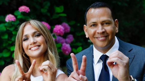 Jennifer Lopez : son fiancé lui dédie une vidéo romantique pour ses...