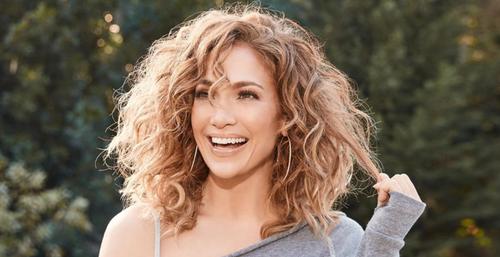 Jennifer Lopez annonce le lancement de sa marque de beauté