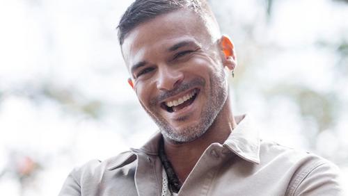 Pedro Capó tease son prochain album et dévoile une date de sortie...