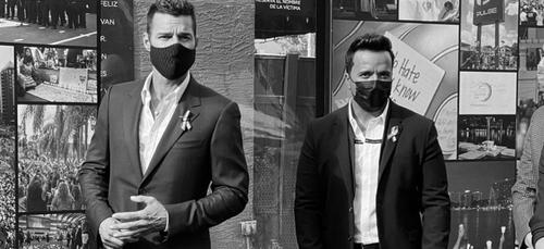 Ricky Martin et Luis Fonsi appellent à voter Joe Biden aux...