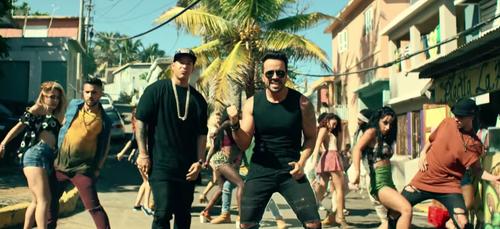 «Despacito» : Luis Fonsi et Daddy Yankee explosent un nouveau...