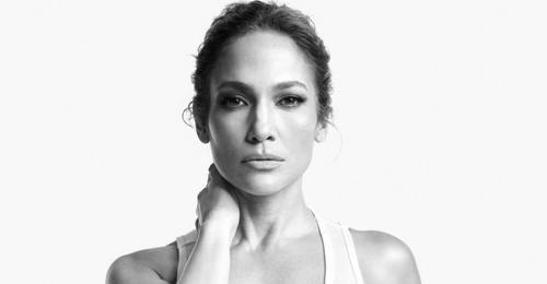 Jennifer Lopez révèle avoir souffert de dépression durant le...