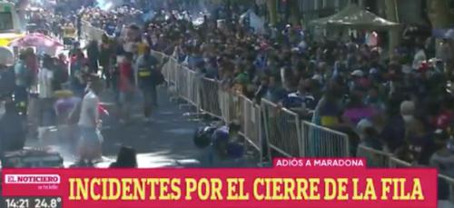 La tension monte en Argentine après la mort de Maradona (vidéo)