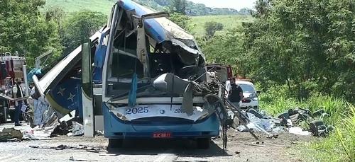 De nombreuses victimes au Brésil après un accident de la route (vidéo)