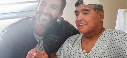 Argentine : le médecin de Maradona inculpé pour homicide...
