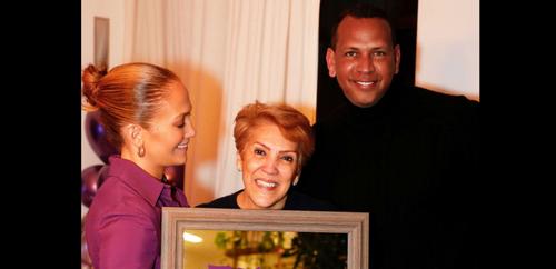 Jennifer Lopez fait pleurer sa mère avec une magnifique surprise...