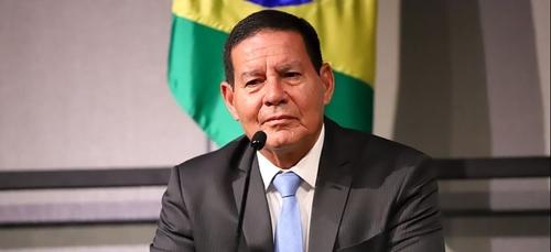 Le vice-président brésilien positif au Covid-19