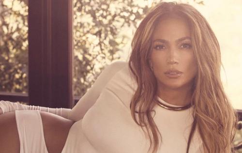 Jennifer Lopez choisie pour chanter lors de la cérémonie...