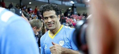 Brésil : Raí, l'ancien joueur du PSG, tacle le président Bolsonaro