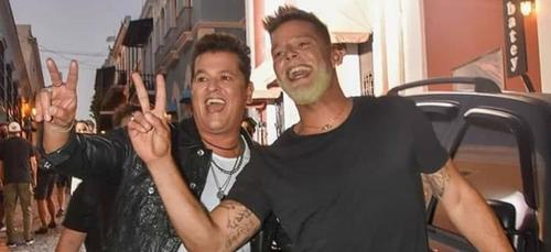 Ricky Martin aperçu à Porto Rico en train de tourner un clip avec...