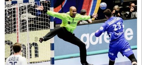 Handball : le gardien du Portugal victime d'un arrêt cardiaque en...