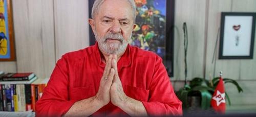La gestion de la pandémie au Brésil est un «génocide» pour...