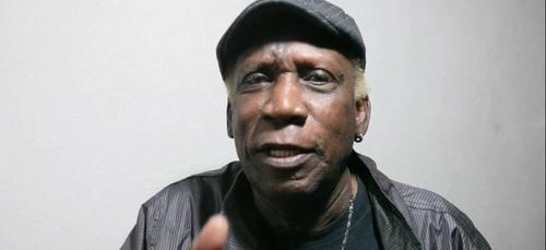 Le chanteur vénézuélien Henry Stephen est décédé (vidéo)