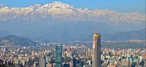 Chili: plébiscite de candidats indépendants pour réécrire la...