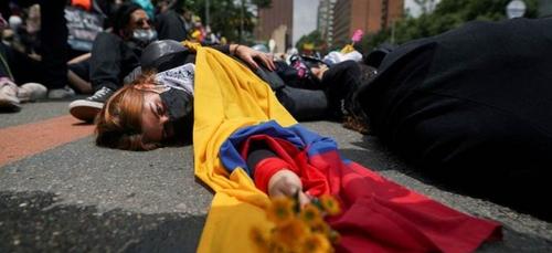 En Colombie, l'armée se déploie dans Cali après de nouvelles...