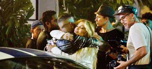 Jennifer Lopez et Rauw Alejandro auraient tourné un clip à Miami :...