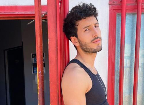 Ricky Montaner dévoile le numéro de téléphone de Sebastián Yatra...