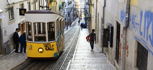 De nouvelles restrictions sanitaires instaurées au Portugal