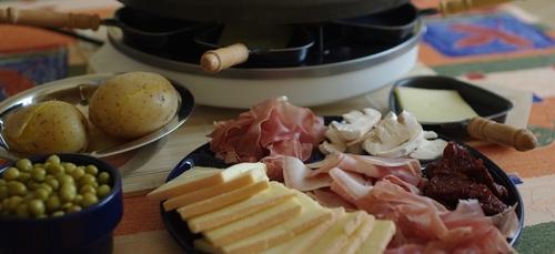 13 Décembre, nouvelle journée mondiale de... La Raclette !