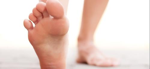 Etude insolite : Les hommes aux grands pieds seraient + infidèles