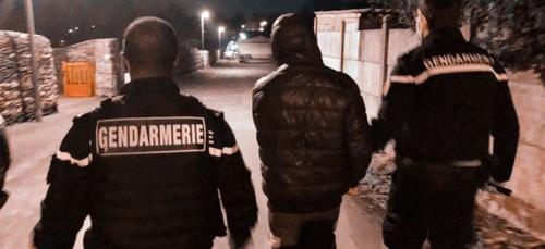 Segré-en-Anjou Bleu : trois voleurs de voitures arrêtés