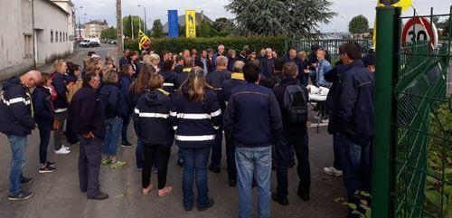 Vire : La grève des facteurs continue