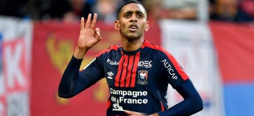 Football: Rodelin signe à Guingamp