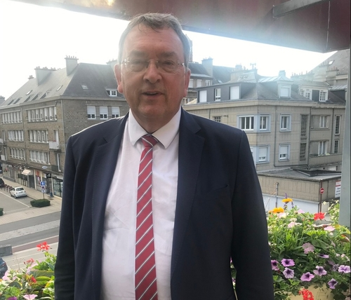 Marc Andreu Sabater réélu maire de Vire Normandie