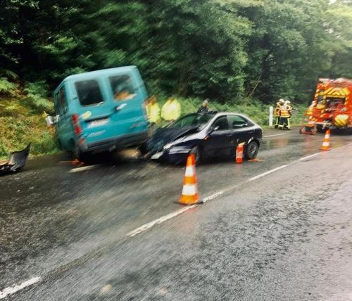 spectaculaire accident en forêt de Saint-Sever !