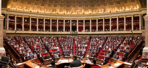Politique : le député vendéen Pierre Henriet sanctionné