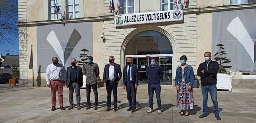 Châteaubriant : la mairie derrière les Voltigeurs pour la Coupe de...