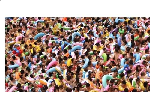 Une vague humaine géante en Chine, agoraphobes s'abstenir ! VIDEO