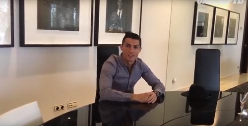Quand Ronaldo joue les agents immobiliers...