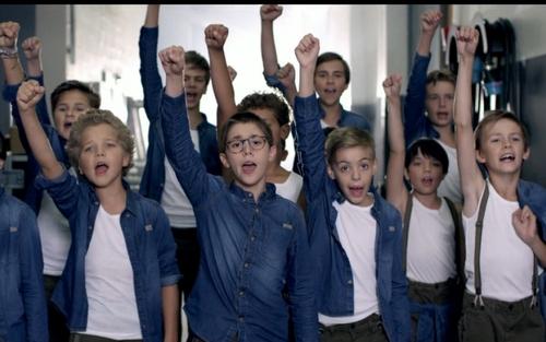 """""""Non, non, rien a changé"""" les Poppys sont de retour ! (Vidéo)"""